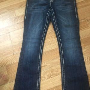 Vigoss Jeans size 5/6 Length 33
